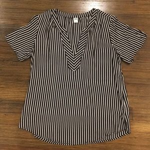 Old Navy Black and White Stripped Top